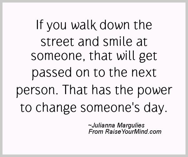 A nice happiness quote from Julianna Margulies - Proverbes Happiness
